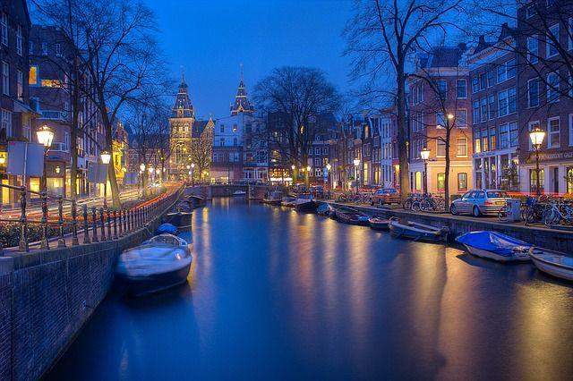 Amsterdam – miejsca, które musisz zobaczyć