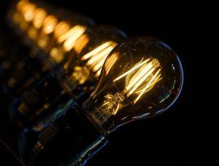 Lampy drewniane – nieprzemijający trend
